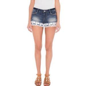 🆕NOBU Boho Dark Wash Lace Trim Jeans Shorts